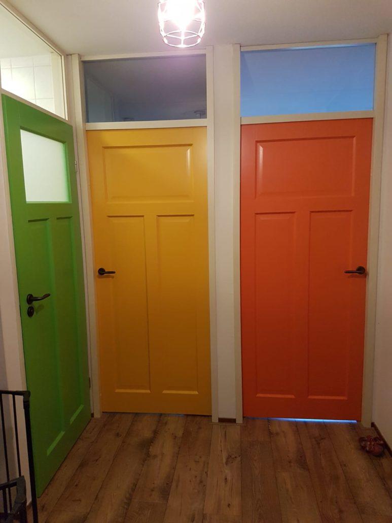 Binnendeuren felgekleurd